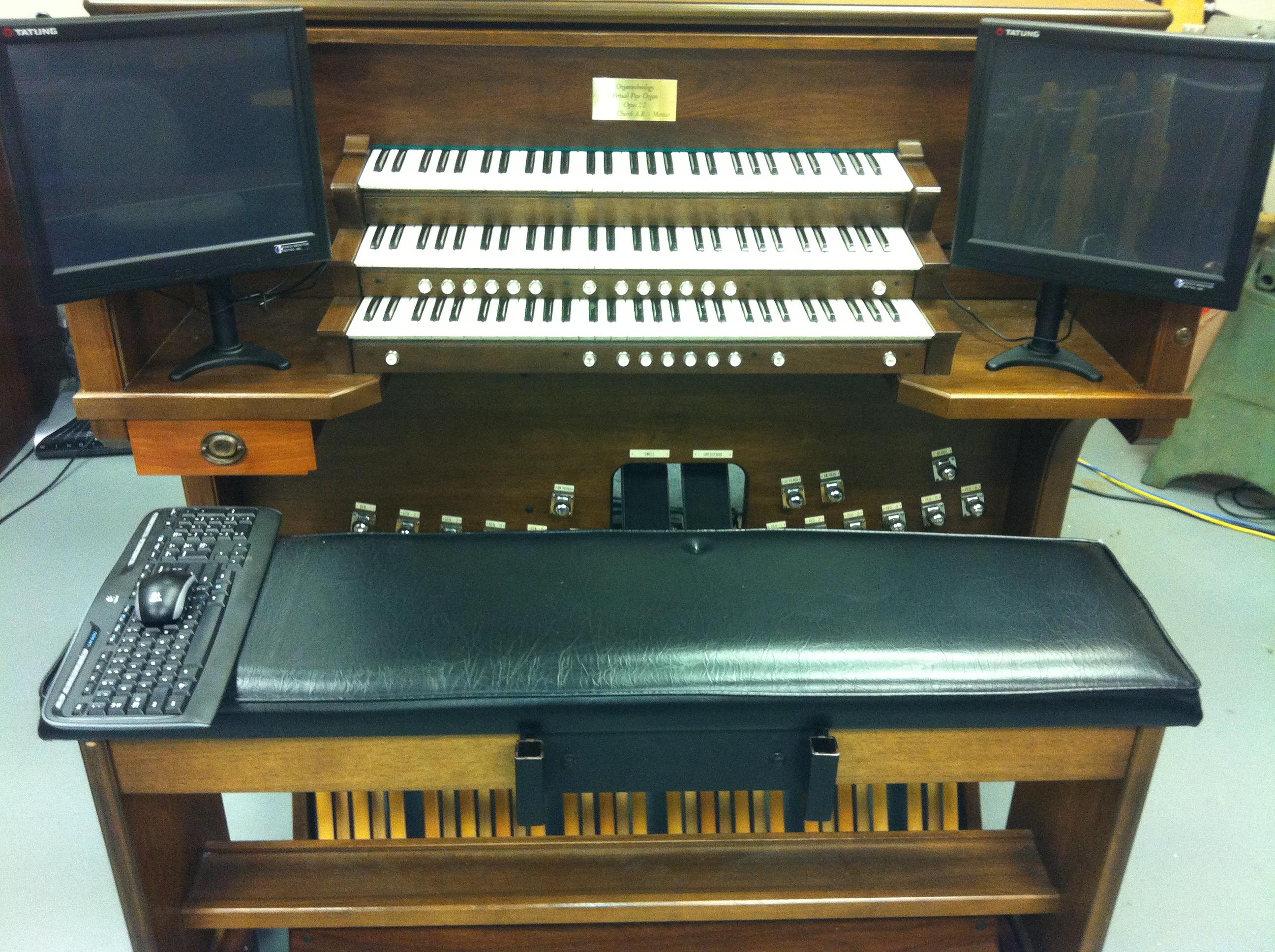 Re-purposed Consoles (Church) | Organtechnology Virtual Pipe